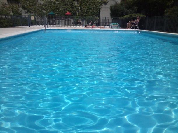 Piscina quinta da concei o pre os e hor rio online24 for Horario piscina alaquas